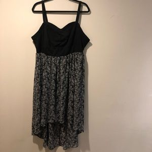 Torrid dress high low 3 floral black white